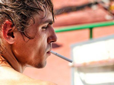 タバコはEDの原因になる?